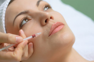 botox injection into upper lip using small syringe with thin needle